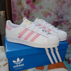 New Adidas Superstar